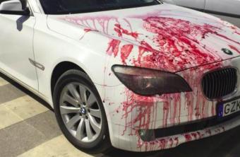 Feltűnő bosszút álltak egy tilosban hagyott BMW-n