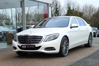 Vennél használt Mercedes limuzint Lewis Hamiltontól?