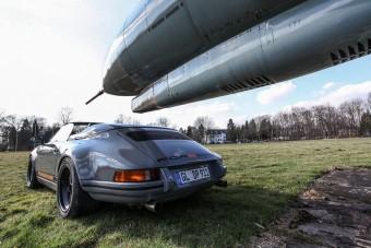 Bármikor csapatnánk ezzel a menő Porsche 911 Speedsterrel