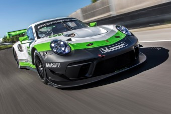 Ha kinőtted az utcai Porsche 911-est, akkor itt a GT3 R versenyautó!