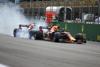 F1: A szabályok miatt ütköztek a Red Bull-osok?