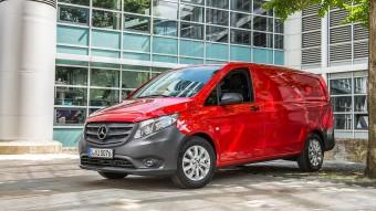 Csalásgyanú és visszahívás a Mercedesnél is