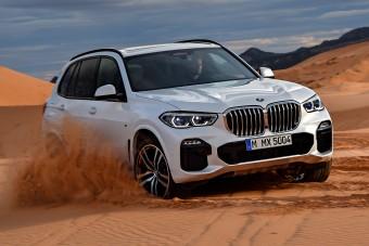 Vadonatúj BMW X5: terepképesebb, mint eddig