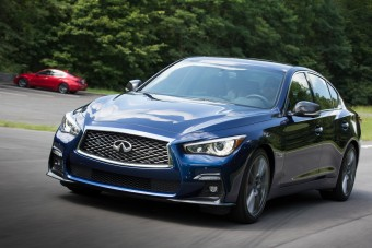 Infiniti Q50: Intelligens alternatíva