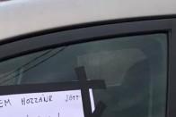 """""""Nagyon csúnyán festek"""" – sajátos figyelmeztetést kapott a tilosban parkoló autós 2"""