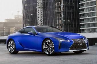 Egymillióért növeszt lepkeszárnyat a Lexus LC kupé