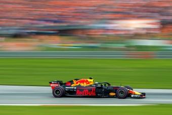 F1: Ricciardo kiakadt Verstappen miatt