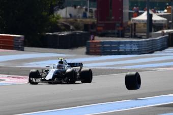 F1: 5 millióba fájt az elgurult kerék