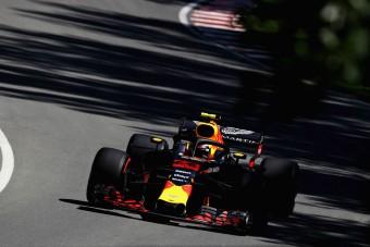 F1: Räikkönen Red Bull-szendvicsben