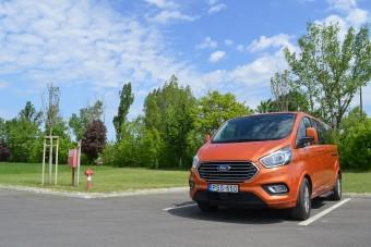 Cégeknek ideális lehet az új Ford Tourneo