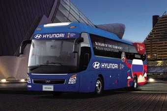 Ilyen buszokon utaznak a Ronaldóék a világbajnokságon