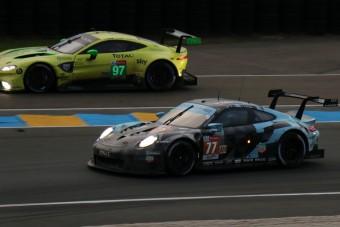 Ezek a versenyautók szorongatják a Porsche 911-est