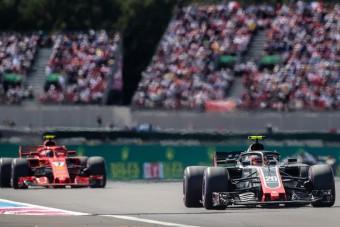 F1: Balhés pilótára cseréli Kimit a Ferrari?