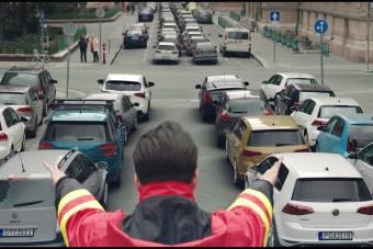 A Bosszúállóknál sokkal menőbbek a magyar mentősök szuperhősei
