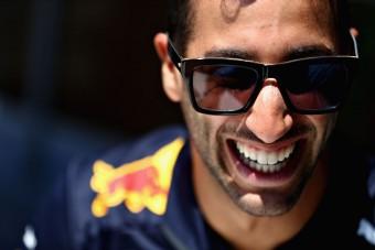 F1: Ricciardo szerint sebezhető lett a Mercedes