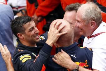 F1: Ricciardo hamarosan aláír