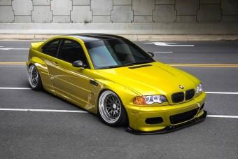 Szívesen karcolnánk az aszfaltot ezzel a porba ültetett BMW M3-assal