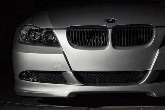 Bitang motor lakik ebben a 3-as BMW-ben