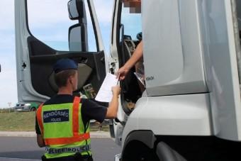 Részeg kamionsofőröket kapcsoltak le a magyar utakról