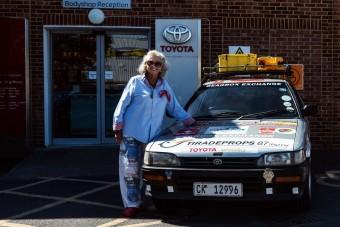 Húszéves Corollával át a fél világon