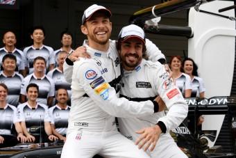 Alonso 95 éves koráig versenyezni fog!