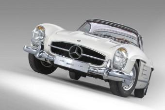 Világrekord összegért vihetik el ezt a gyönyörű Mercedes 300 SL-t