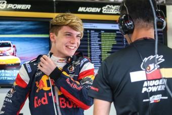 F1: Bevethetetlen a Red Bull ifjonca