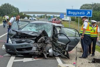 Nőtt a balesetek száma a hazai utakon