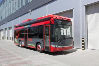Ezen a buszon sok vér fog folyni