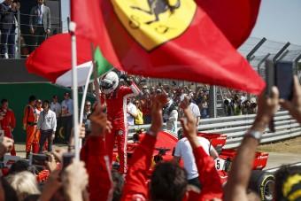 F1: Klasszikus futamon verte Vettel Hamiltont