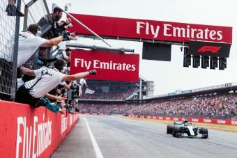 F1: Hamiltont vizsgálat alá vonták