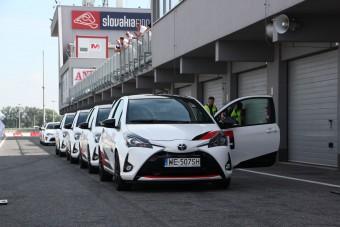Toyotákkal versenyeztünk a Slovakiaringen