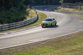 Elvittük az új Swift Sportot a Nürburgringre