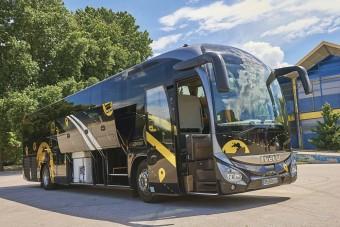 Így utazhatsz távolsági buszon csecsemővel