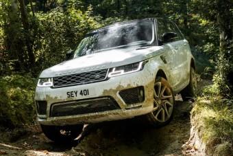 Okosabb és tisztább lett a Range Rover Sport