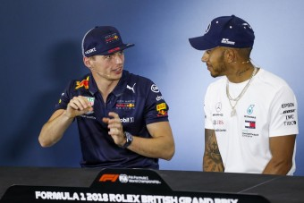 F1: A Merci szerződtetni akarta Verstappent