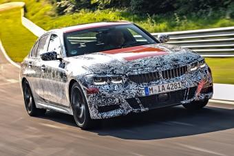 Még sportosabb lesz a következő BMW 3