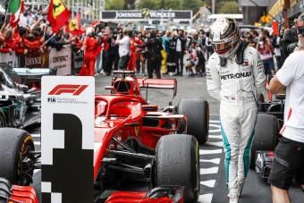 F1: Az FIA csak nevet Hamilton gyanúján