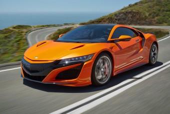 Tökéletesítette hibrid szupersportkocsiját a Honda