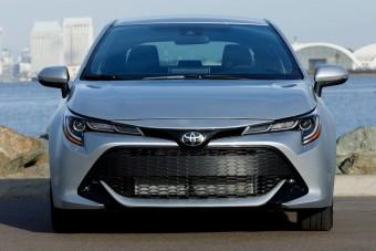 Megszűnik a Toyota Auris, visszatér a Corolla