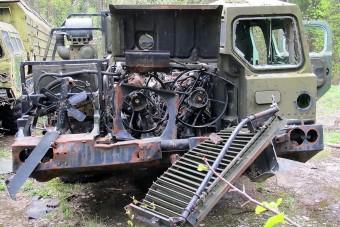 A világvége acélkatonáit találták meg egy orosz erdőben rohadva