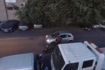 Nagy bajba kerülhet az igazságosztó autós, amiért lezúzta a tolvajokat