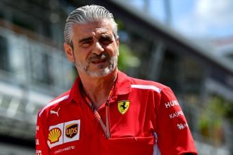 F1: Nem bukik meg a Ferrari-főnök?