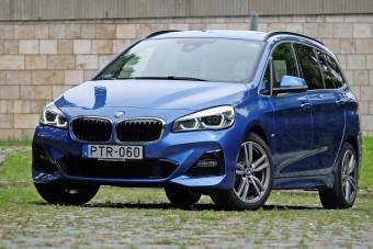 Családi minibusz BMW emblémával: BMW 220d Gran Tourer teszt
