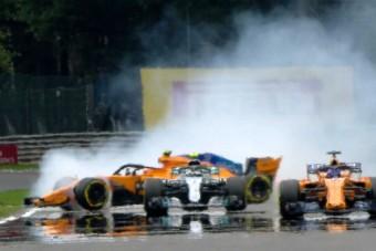 F1: Bottas a falnak küldte a hazai pilótát