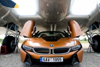 Mesebeli BMW, amelyben nem érzed, hogy 54 millióban ülsz