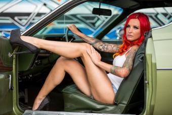 Leesett az állunk a német pornószínésznő autójától