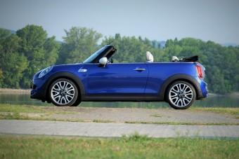 Nyárra nincs jobb autó a Mini Cabriónál!