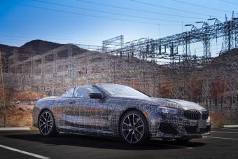 Sivatagban nyúzzák a BMW legnagyobb kabrióját