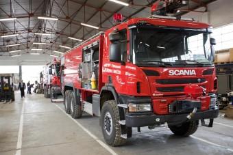 Egyre népszerűbbek a Scania repülőtéri tűzoltóautói